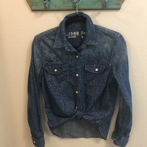 Adorable Gap Cheetah Denim Shirt